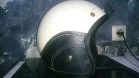 Helm bogo bekas 2