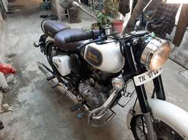Classic 350, good condition sale or  exchange with pulsar 150 abs