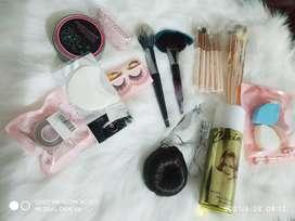 Peralatan Make up