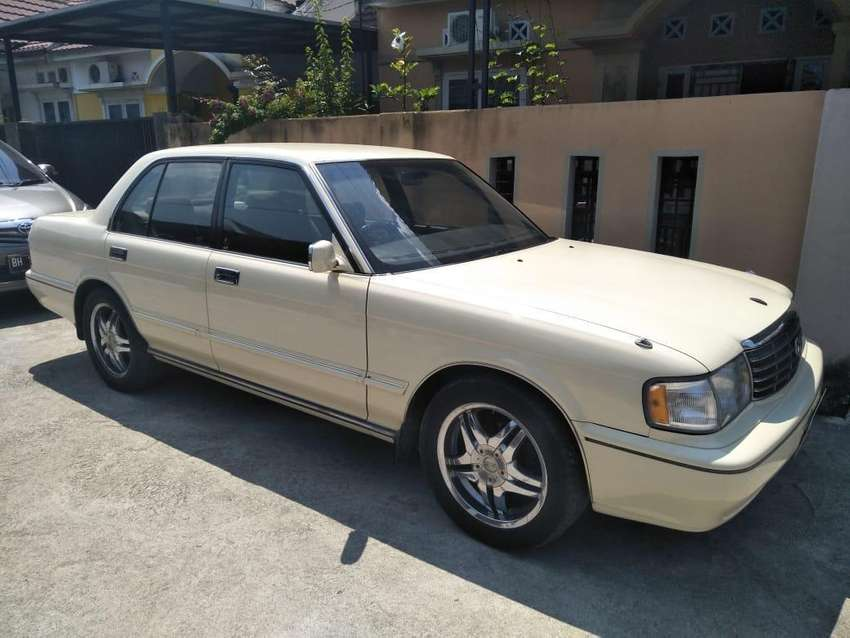 Toyota Crown - Super Saloon 20.i tahun 1994 0