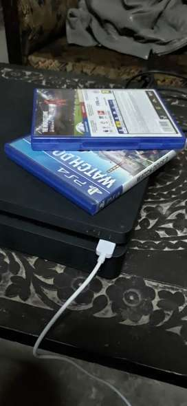Ps4 1 tb slim box pack condition