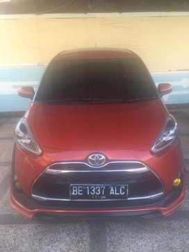 Toyota sienta type Q thn 2017