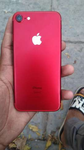 Iphone 7 Red colour 128 gb (fix price)