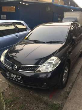 Dijual Nissan Latio 1.8 C11 Hatchback Th 2009 Black Metallic