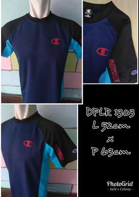 CHAMPION T-Shirt. Original