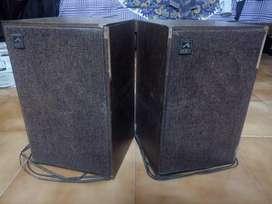 Vintage Antique HMV genuine . grameenphone speaker's