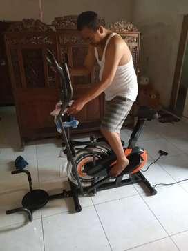 Sepeda statis orbitrek plat 6 fungsi ( sepeda fitnes murah)