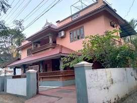 thrissur paambur 7 cent 4 bhk villa