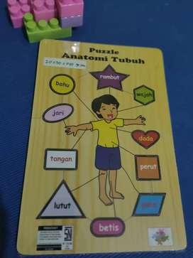 Puzzle kayu edukatif
