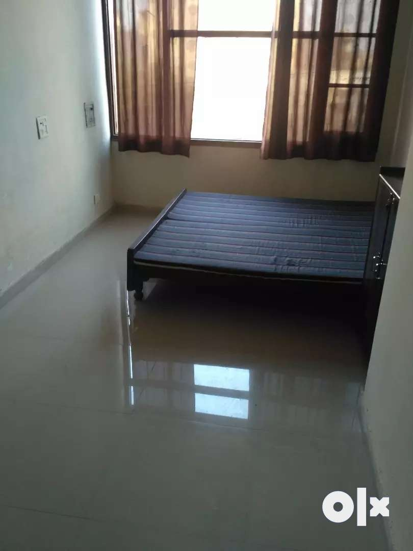 Total Independent 1BHK flat near bus stand kharar 0
