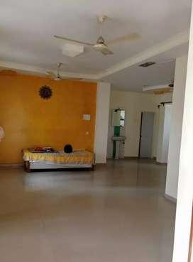 3 BHK terrace Flat For Rent at Trimurti Nagar.