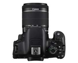 Canon EOS 700d  with 2 lenses