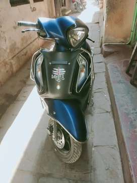Yamaha fashion 125