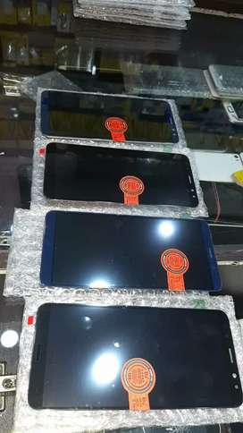 Mobile combo and display