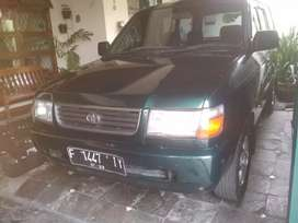 Toyota kijang lgx 1.8 warna hijau manual