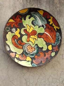 Disk porcelain..holland flower..Dim 34,5cm