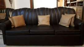 5 seater sofa set with wheels with 7 cushions