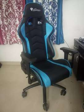Gaming Chair 2 month Old (Pune Buyer Only)