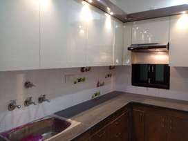 SPACIOUS 2 bHK FLAT WITH FABULOUS WORK NEAR BY METRO 90% LOAN AVAILABL