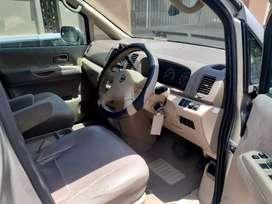 Nissan serena 2005