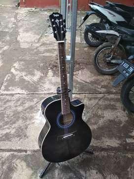 Gitar akustik elektrik taylor new
