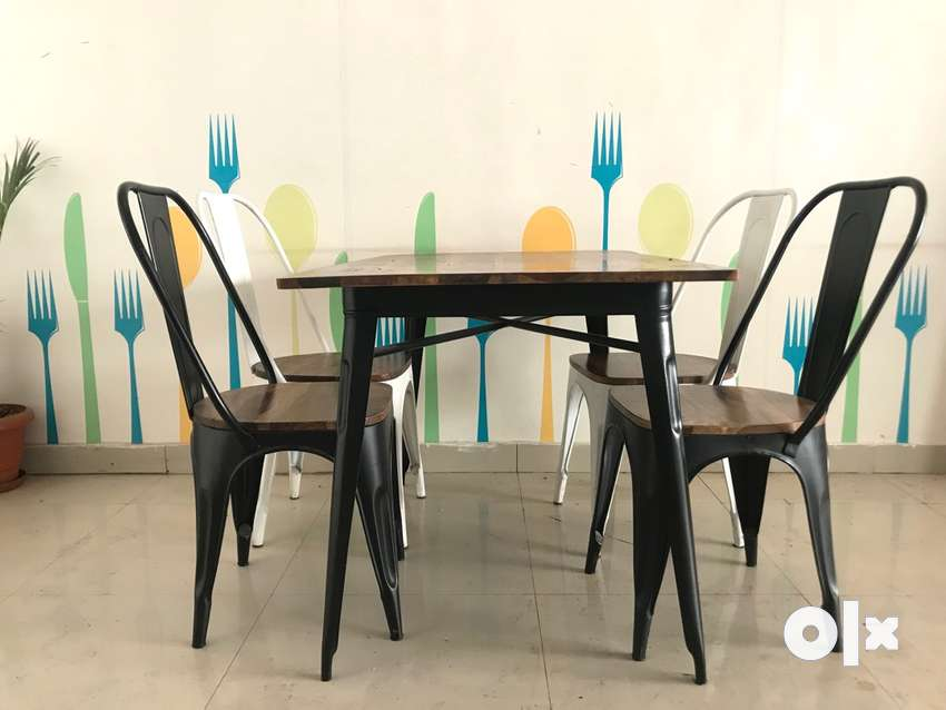 Dining tables set 0