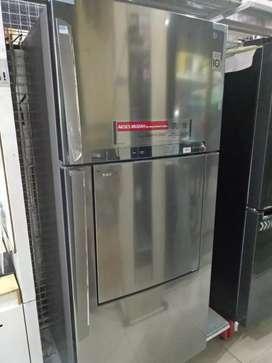 Kulkas LG door in door 2 pintu 549 lt