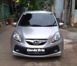 Dijual Mobil Honda Brio