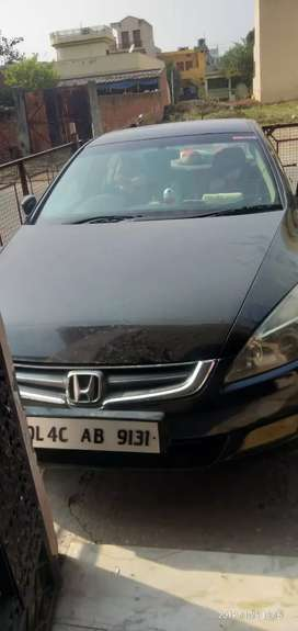 Car honda accord good condition cng / petrol  with paper