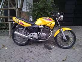 Honda Tiger 2000 warna kuning langka