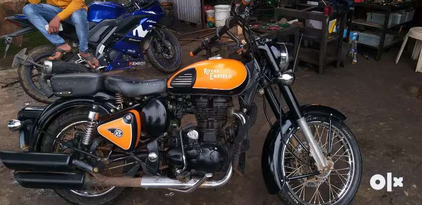 Royal Enfield classic 350 well maintained bike.. 0