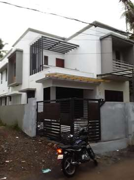 Naduvattam 4.35 Cent 4 Bed House 65 lakh