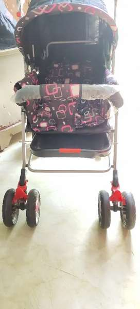Unused Baby stroller ( nit n kit company ) age: 0-5