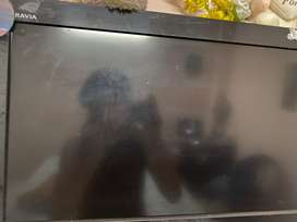 Tv 19 inch with setup box