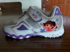 Dora Shoes New Size 10 very beautiful