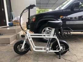Fido Scooter listrik fido