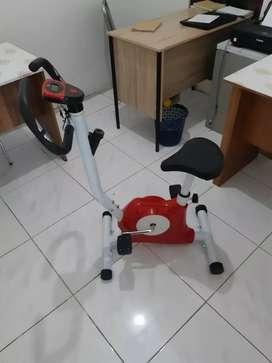 (Sepeda olahraga) Belt fitness bike with monitor