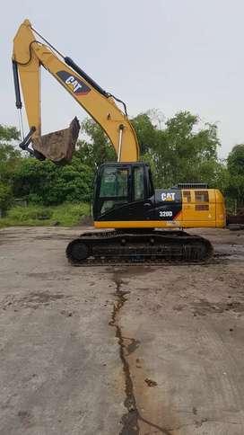 excavator CATERPILAR 320D thn2013.alat sehat.pemilik langsung.surabaya