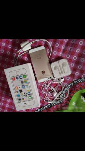 Apple iPhone 5S 64GB good condition