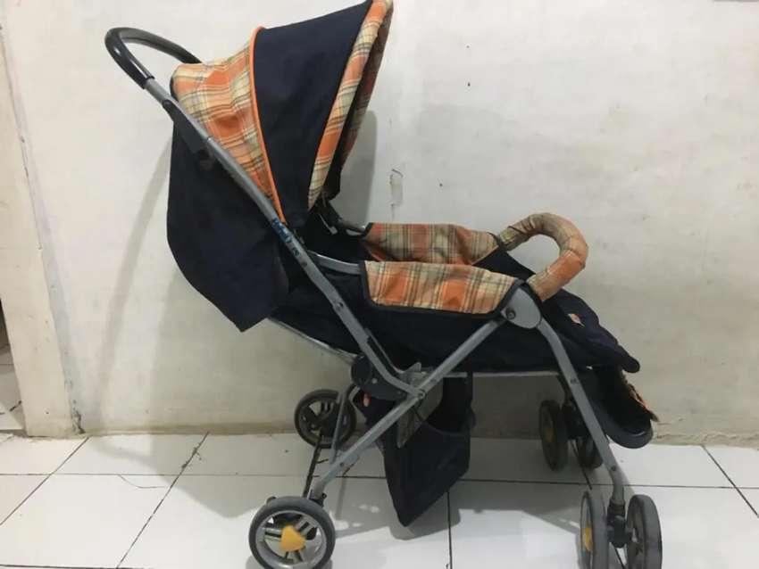 1 Kereta bayi dan 1 ayunan bayi