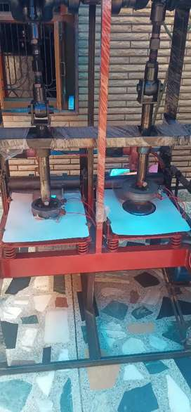 Fully automatic paper plate disposal making machine with two roll