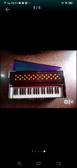 Frist time in olx harmonium with famous company rajat