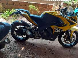 Pulsur RS200 Single owner Good condition