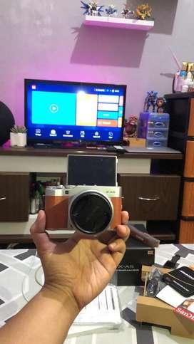 Fujifilm xa5 garansi like new