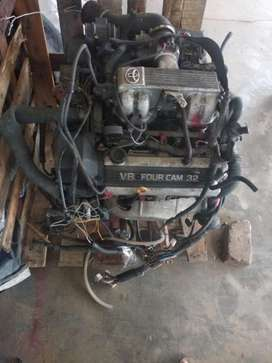 Engine 1UZ lexus 4.000 cc V8 bensin automatic