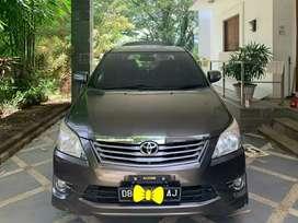 Mobil Innova Grey Metalic tahun 2013