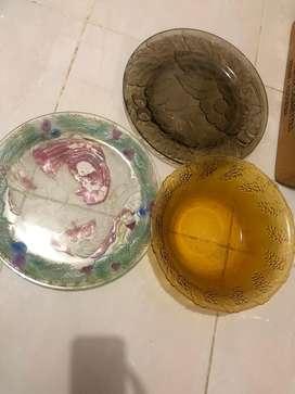 Piring dan mangkuk kaca