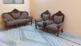 Paying Guest accommodation for Bachelors manikonda Lancohills road