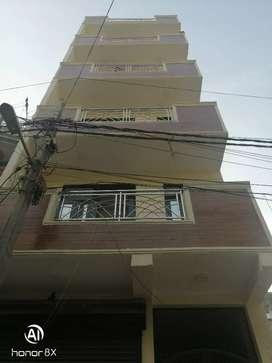 50 gaj flat for sale  17.50.000 in sant nagar burari Delhi 110084