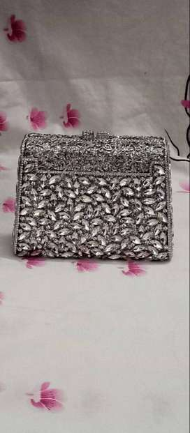 Bridal hand clutches